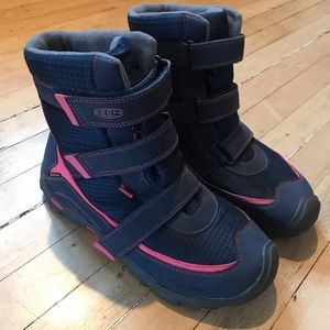Keen girl's snow boots